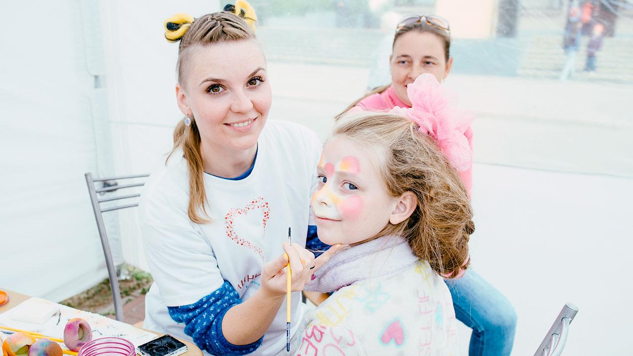 Фестиваль Паровоз в Великом Новгороде • Студия Паровоз • Аквагрим для детишек