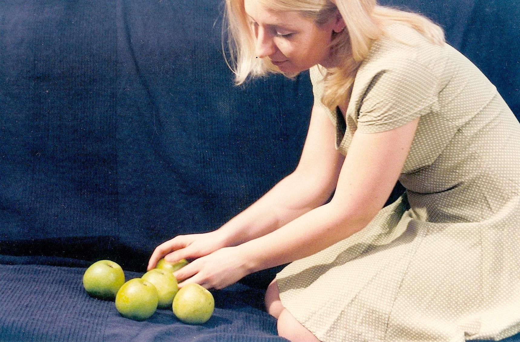 Ульяна Стратонитская • Постановочная фотография с яблоками